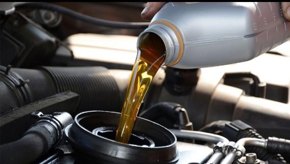 Pentingnya Penggantian Oli Pada Mobil